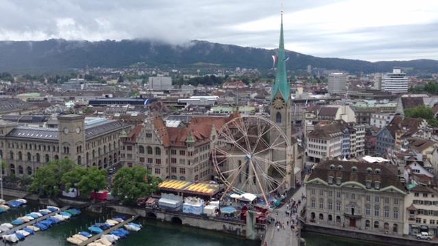 Geniesse die schönsten Aussichtspunkte Zürichs