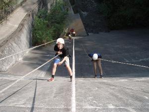 Unvergessliche großartige Momente: Abseiltraining an der Staumauer Amden