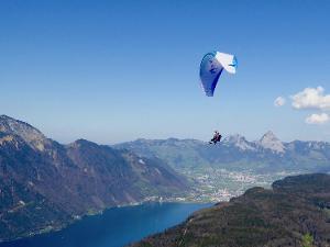 Unforgettable great moments: Traumhafter Tandemflug vom Berg Niederbauen nach Emmetten bei Luzern