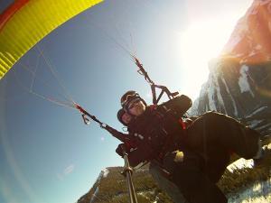 Unvergessliche großartige Momente: Fantastischer Paragliding Tandemflug am Berg Planai oder Hochwurzen
