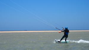 Unforgettable great moments: Kitesurfing beginners course on Fuerteventura