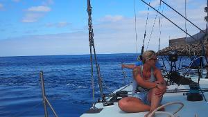 Unvergessliche großartige Momente: Erlebe den Nervenkitzel des Segelns auf der legendären Maxi Rennyacht