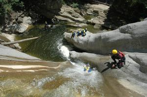 Unforgettable great moments: Demanding canyoning in the middle of Interlaken