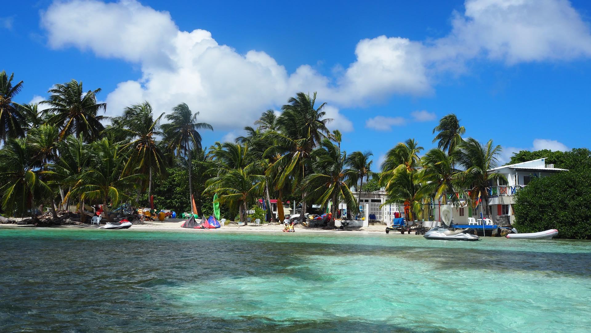 San Andres, Chamey's Nautica Top Kitespot
